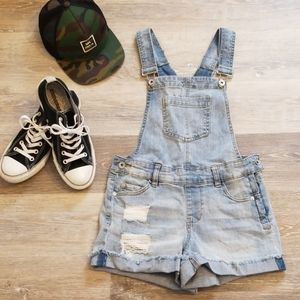 Dollhouse Denim Overall Shorts Size 26